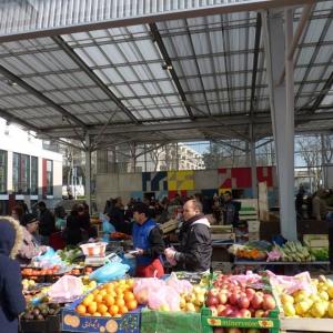 © Eltono - Halle du marché des Grésilles - Mars 2016
